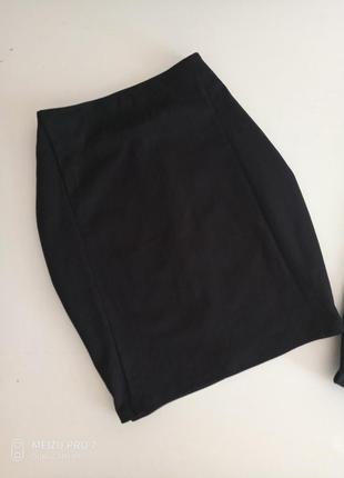 Класическая юбка от немецкого бренда esmara с, л
