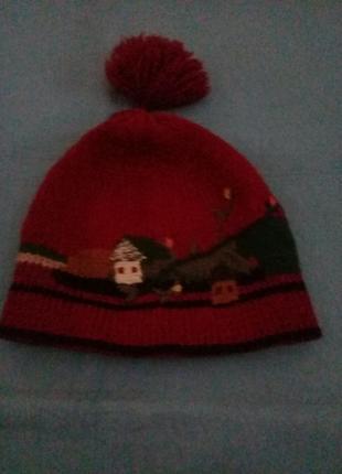 Классная шапочка с фольклорной вышивкой