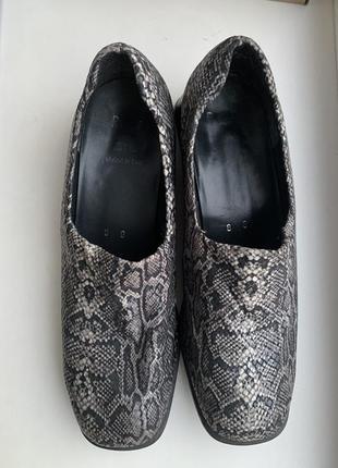 Итальянския туфли