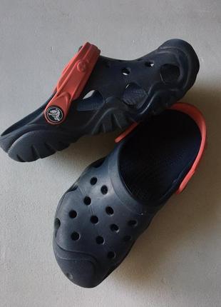 Crocs, c13