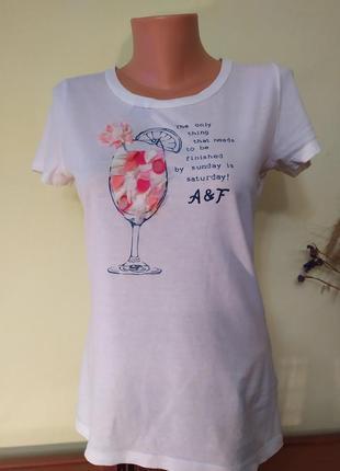 Прикольная футболка  abercrombie&fitch