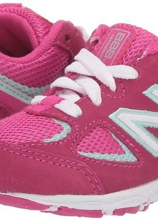 Яркие замшевые кроссовки new balance kid's 888 v2 lace-up running shoe