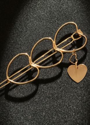 Оригинальная заколка сердечки с подвесками цвет под золото / большая распродажа!