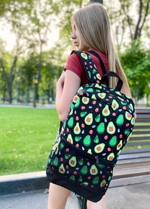 Рюкзак черный с принтом авокадо