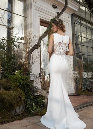 Свадебное платье timo «футлярного» силуэта