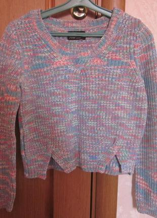 Фирменный свитер loul xs- . короткий