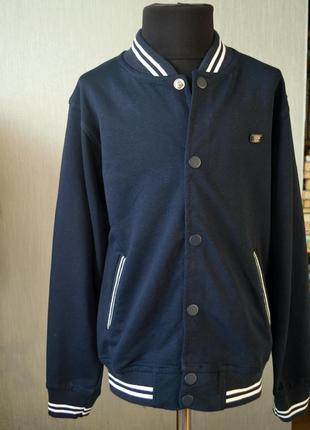 Стильний темно синій реглан з карманами на кнопках для хлопчика