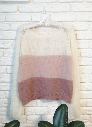 Пудровый нежный свитер из кидмохера и мериноса
