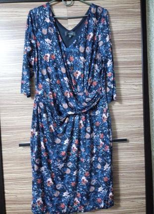 Платье в цветочный принт 52 размер