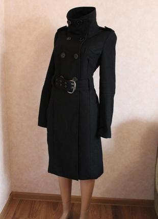Длинное черное пальто от amisu