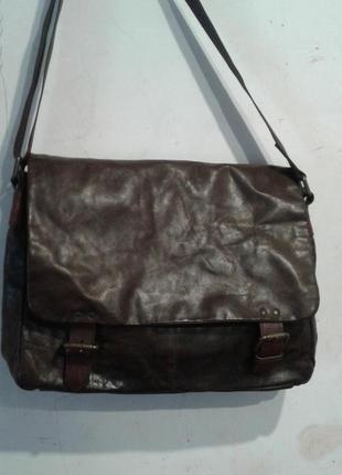 Фирменная сумка,кожа