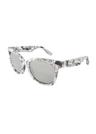 Новые солнцезащитные очки alexander mcqueen чёрно-белые принт манга
