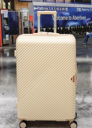 Большой чемодан wings poland c tsa замком