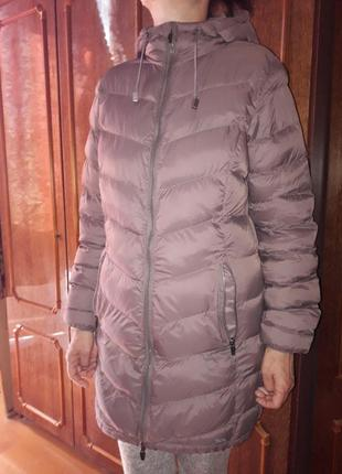 Курточка удлинённая, тонкая,  лёгкая.на тёплую осень или весну.