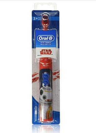 Електрическая  зубная щетка oral-b kids
