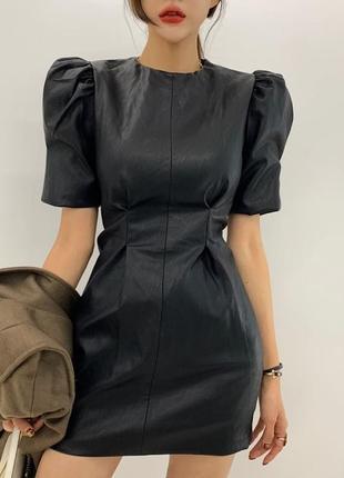 Кожаное платье с защипами {разные цвета}