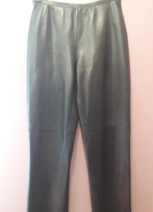 Кожаные брючки черного цвета
