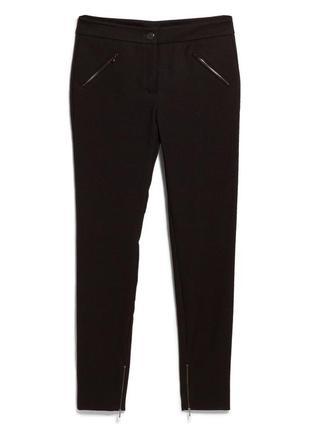 Очень стильные фактурные брюки mango