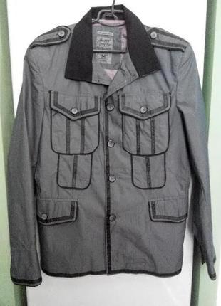 Приталенный мужской пиджак rnt23 premium line
