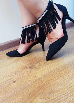 Черные замшевые туфли с бахромой и стразами apple footwear