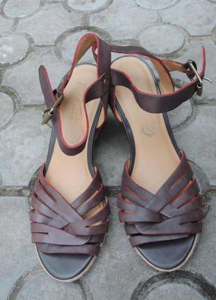 Фирменные кожаные босоножки marks&spencer footglove р.39 евро 6 (25,5 см)