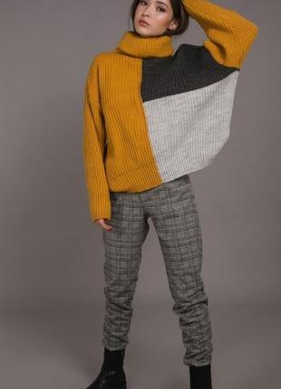 Женский вязаный свитер oversize трехцветный