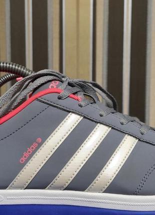 Женские кроссовки adidas originals neo