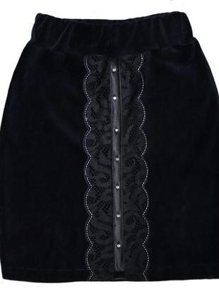 Удобная и красивая юбочка в школу на рост 130 см прямая на резинке
