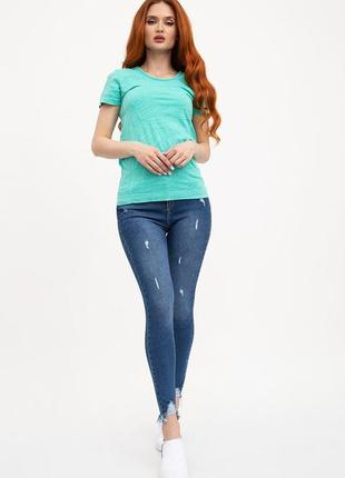 Крутые джинсы с рваным низом