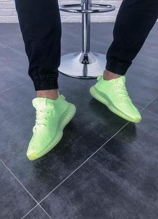 Кроссовки adidas yeezy boost 350 v2 glow 36 - 43 салатовые с оранжевой полоской
