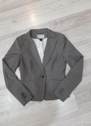 Классический приталенный пиджак, жакет
