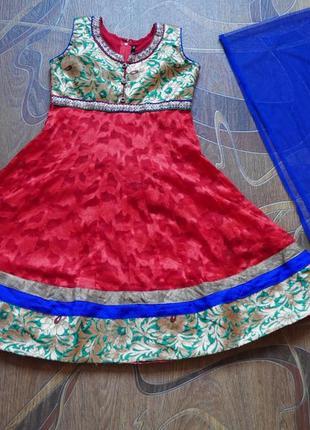 Детский индийский костюм. сари. 9-11 лет