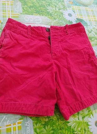 Крассные котоновые шорты, очень плотные, тяжелые