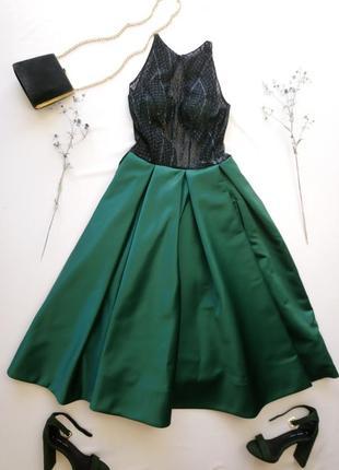 Выпускное шикарное платье  с пышной изумрудной юбкой
