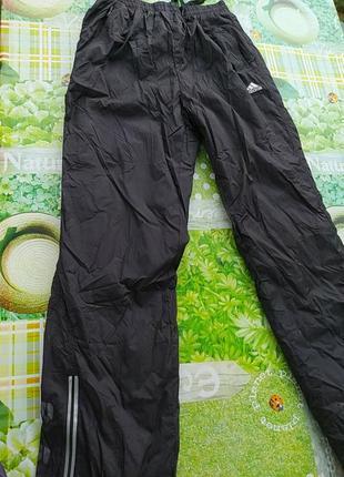 Черные балоневые теплые штаны адидас