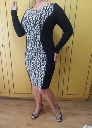 Платье нарядное фирменное, размер м(46-48)