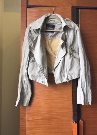 Серая куртка kira plastinina