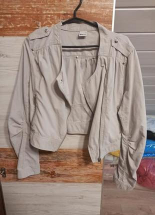 1+1=3легкая куртка ветровка косуха тканевая присобраный рукав