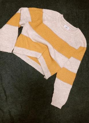 Укороченный свитер only