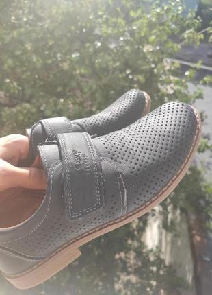Туфли на мальчика р36