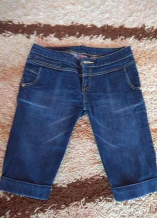 Продам новые джинсовые бриджи,шорты