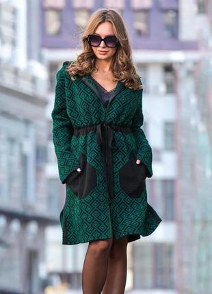 Легкое пальто изумрудно-черный тренч украина