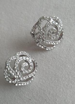 Серьги сережки розочка роза с камнями