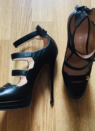 Женские туфли casadel