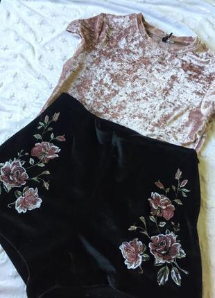 Костюм шорти і футболка
