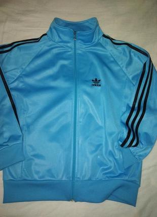 Синяя спортивная куртра adidas