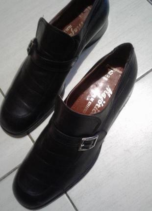 Кожаные стильные туфли 43 размер