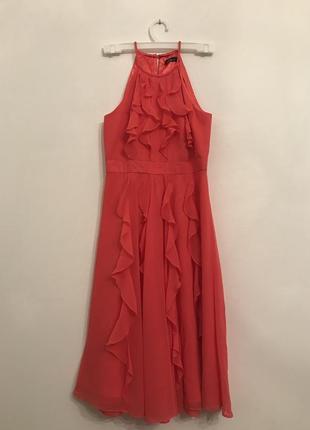 Коктейльное платье,без рукавов,с рюшами