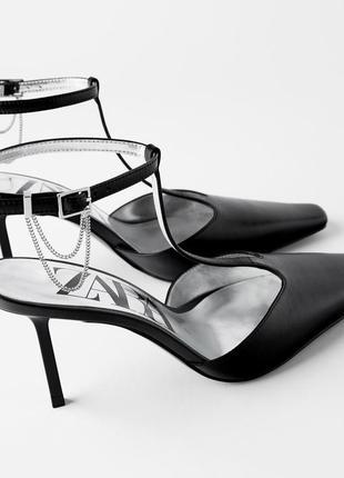 Кожаные туфли zara с цепочкой, размеры 39,40