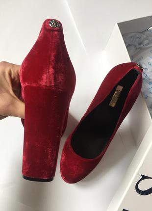 Туфли бархатные guess3 фото